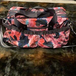 Lululemon 🍋 Duffle Bag